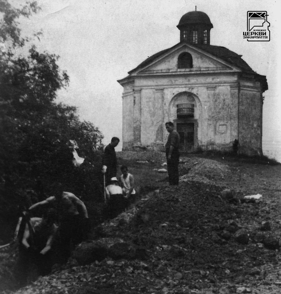 Римо-католицька каплиця Воздвиження Хреста Господнього (на цвинтарі Кальварія)